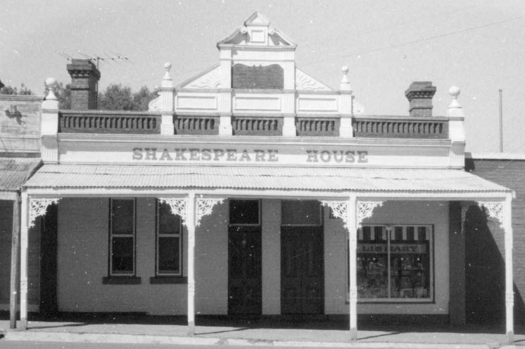 Shakespeare House, 1907