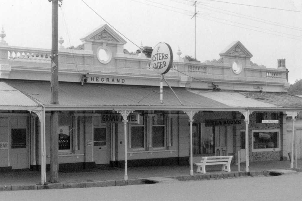 Grand Hotel & Shops, 1888