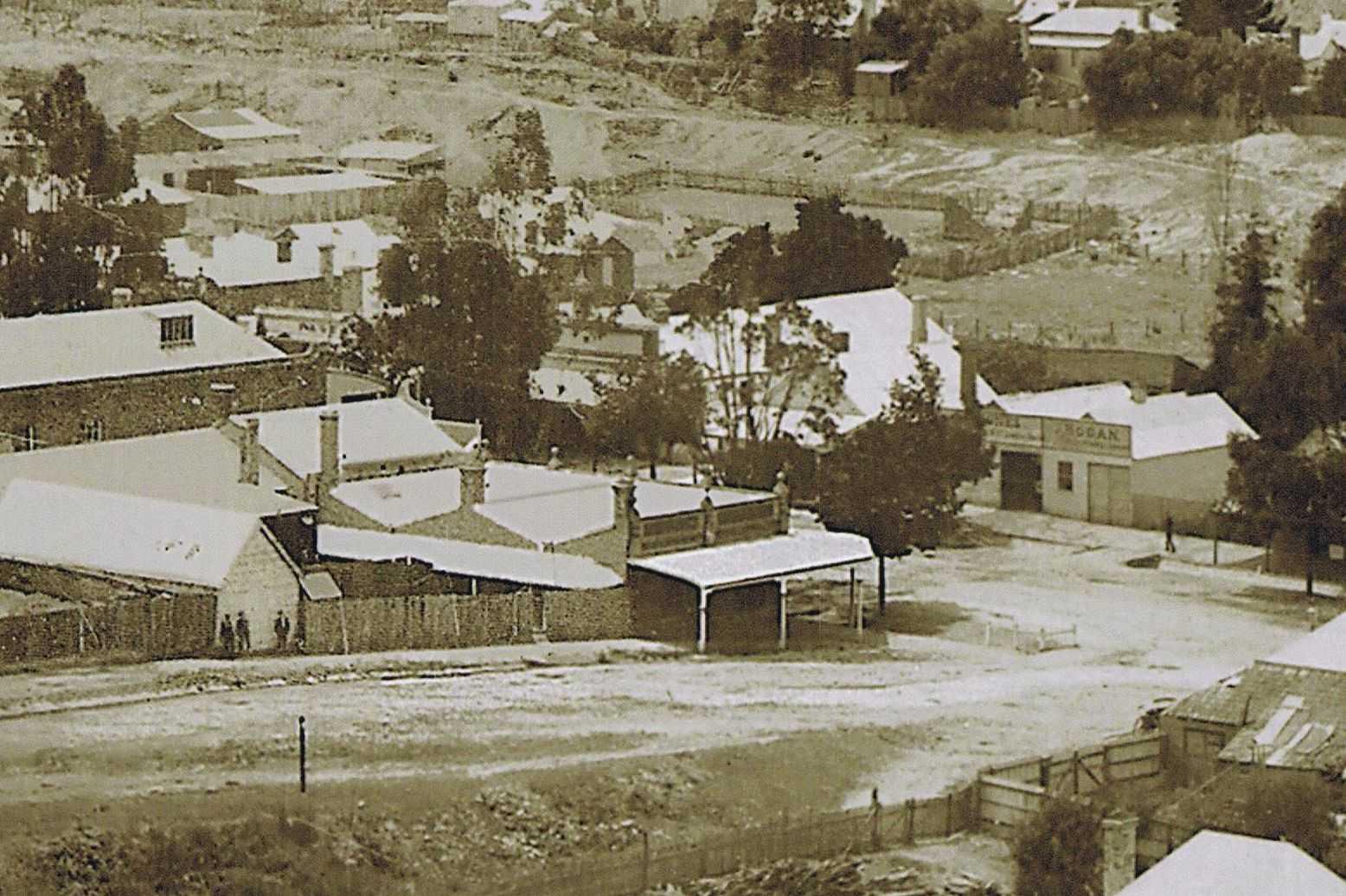 Langslow's Building, 1898